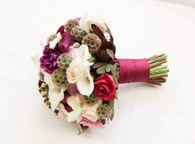 Bridal bouquet wraps: Handle Decor with ribbon only