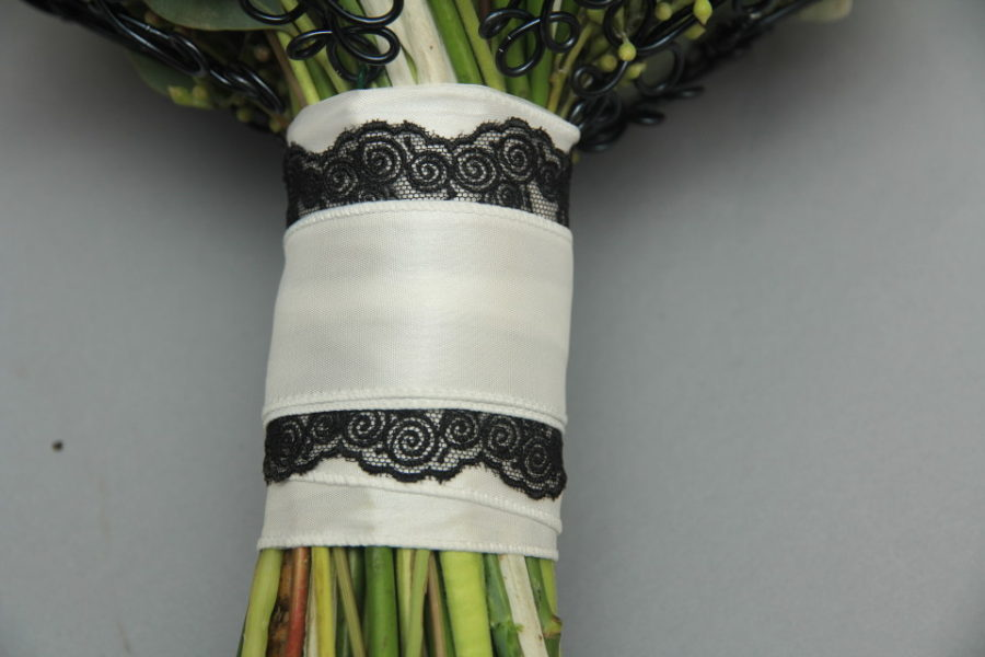 Handle Decor with ribbon and lace