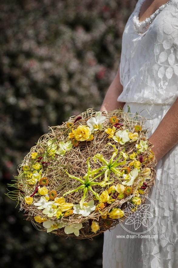Fusion Flowers Wedding Issue 2015